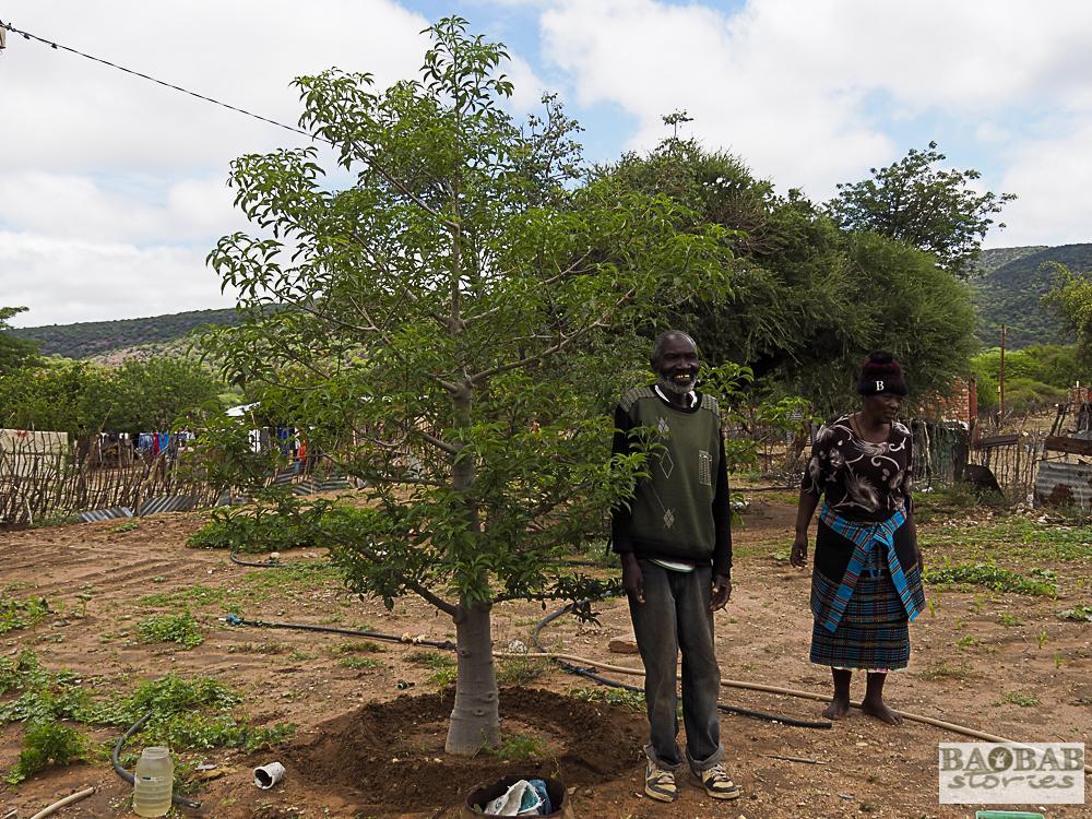 Aaron Nemutshenzheni mit Annah Muvhali, Baobab Guardian Programme, Baobab Foundation
