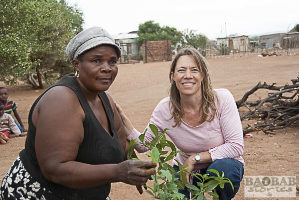 Julia Mambeda mit Dr. Sarah Venter
